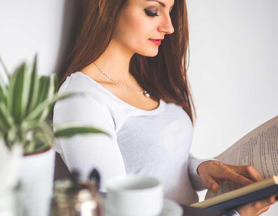 أفضل 11 كتاب على رواد الأعمال قراءتهم