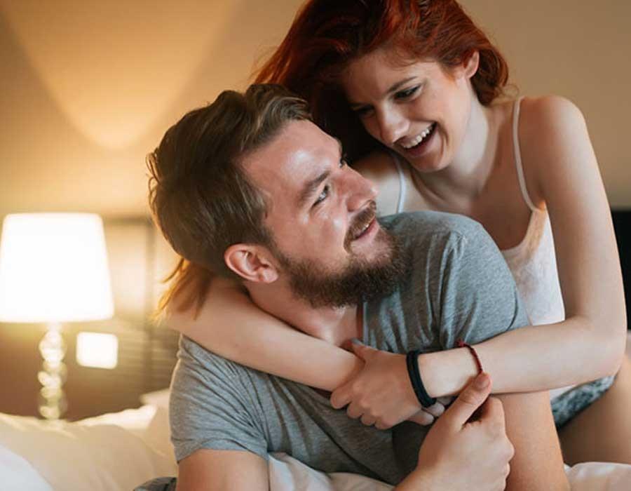 أفعال غريبة يطلبها الرجال أثناء العلاقة الحميمة