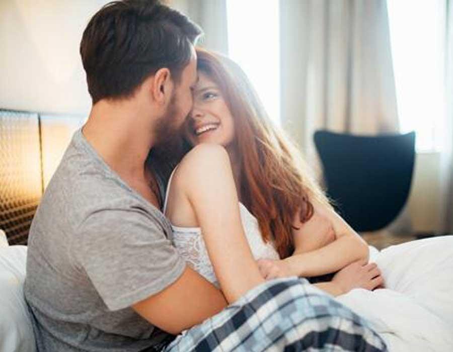 تحديد النسل بثلاث طرق طبيعية أثناء العلاقة الحميمة