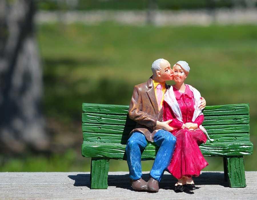 حقائق عن العلاقات العاطفية لا يصدقها البشر