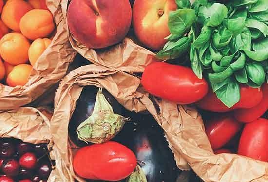 دراسة: الخضروات والفواكه تكافح الاكتئاب