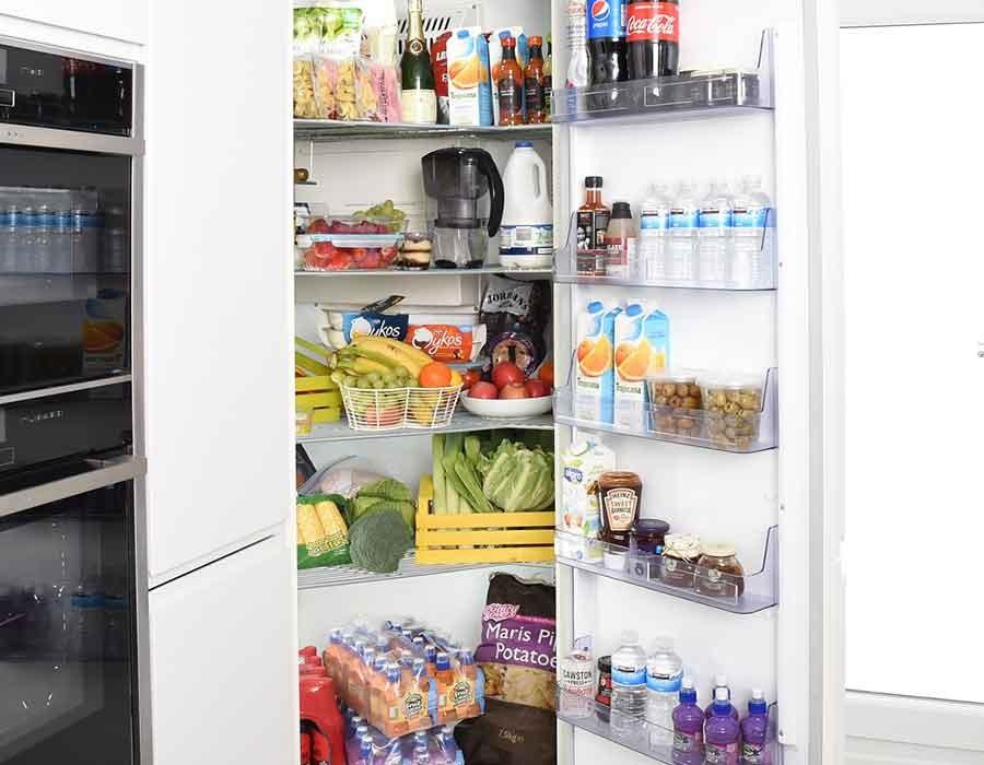 طرق ترتيب الثلاجة بسهولة