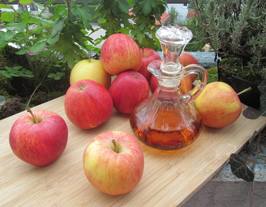 فوائد خل التفاح للصحة والبشرة