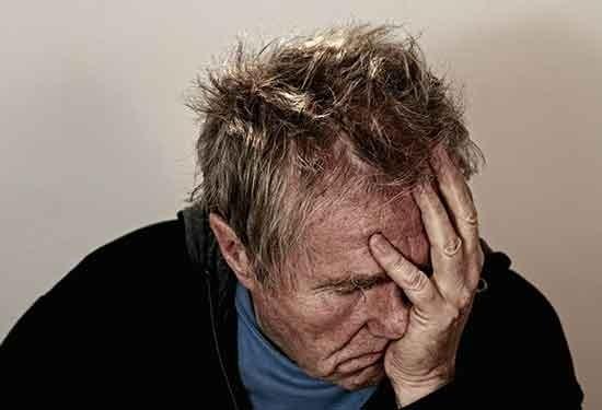 كل ما تريد معرفته عن الوسواس القهري أسبابه وعلاجه