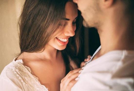 كيف تسعدين زوجك بالعلاقة الحميمة