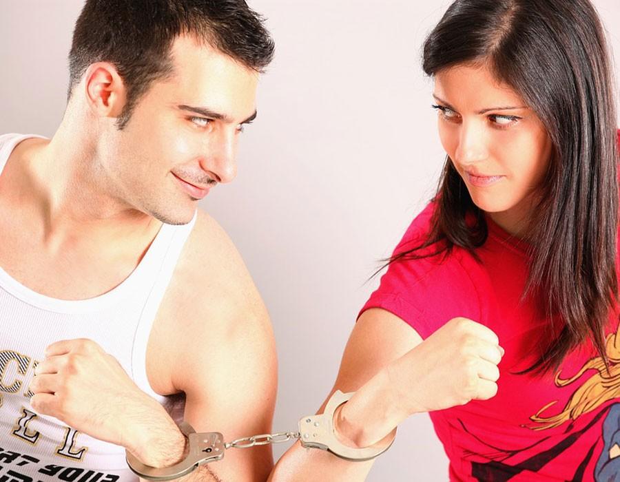 نصائح للزوجين لتقوية علاقة الحب والصداقة بينهم