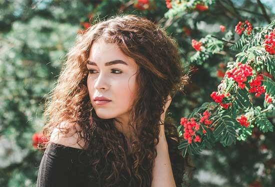 10 نصائح لعلاج تقصف الشعر