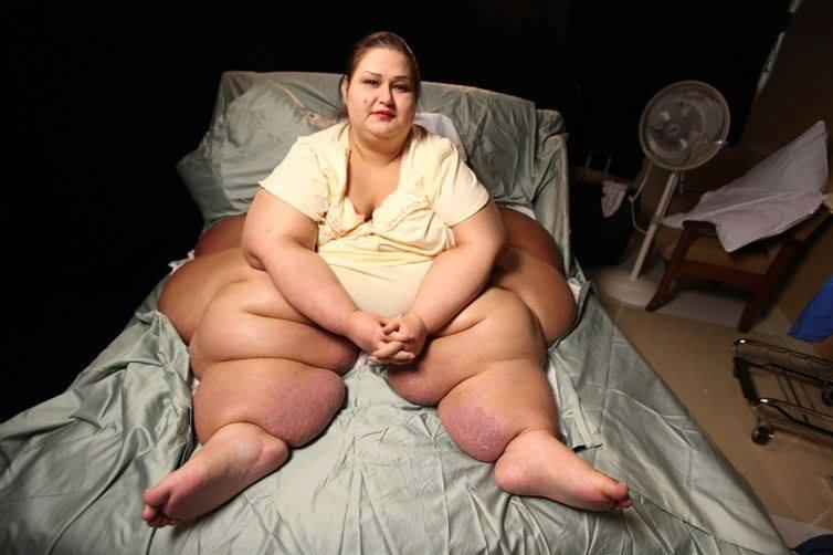 """""""مايرا روزاليس"""" فقدت 400 كجم من أجل أطفال أختها!"""