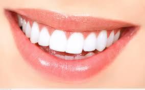 حافظي على بياض أسنانك