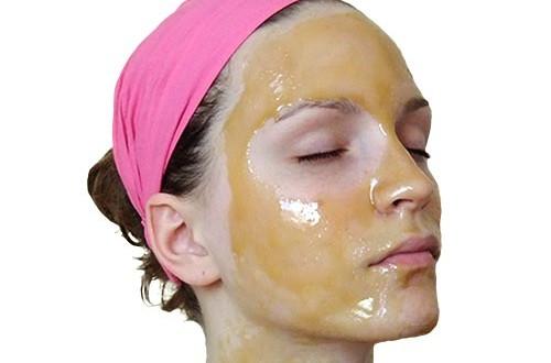 ماسك لعلاج حب الشباب والحصول على بشرة مشرقة