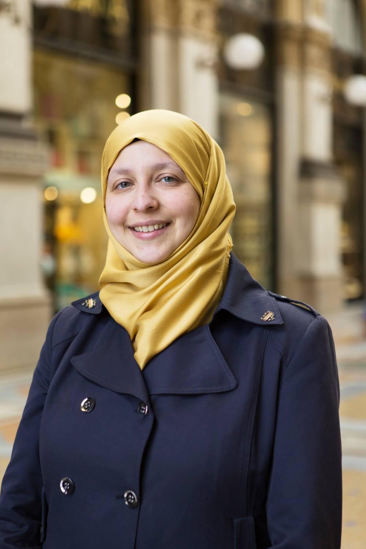 """""""سمية عبدالقادر"""" أول مسلمة تدخل البرلمان الإيطالي"""