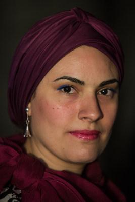 إيمان هلال .. صحفية محترفة وعالمية
