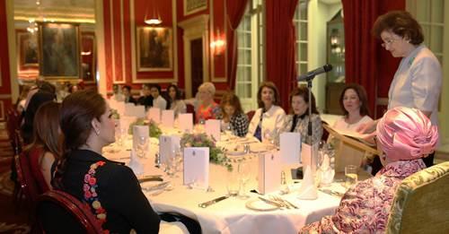 افتتاح ملتقى الشارقة لسيدات الأعمال في لندن