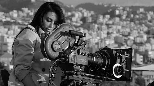 """""""نادين لبكي"""" .. لبنانية قادتها """"الكوميديا السوداء"""" إلى العالمية"""
