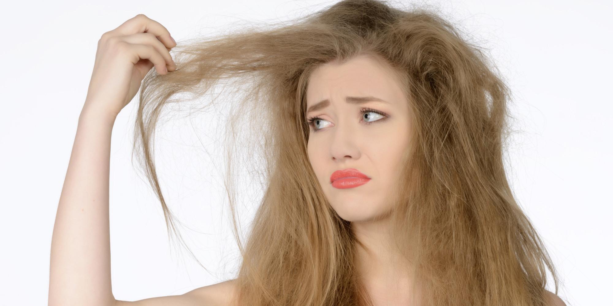 وصفات لعلاج الشعر الجاف من المنزل