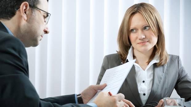 في مقابلة العمل .. كيف تتحدثين عن عيوبك؟