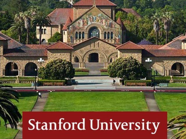"""أستاذ بجامعة ستانفورد يتيح دروس تصوير """"مجانًا"""""""