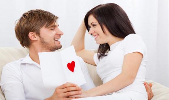 11 علامة تخبر الرجل بضرورة الحفاظ على شريكته