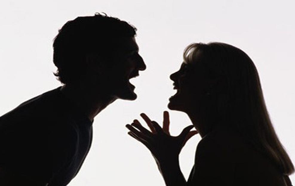 علامات تدل على طرد الرجل من جنة المرأة
