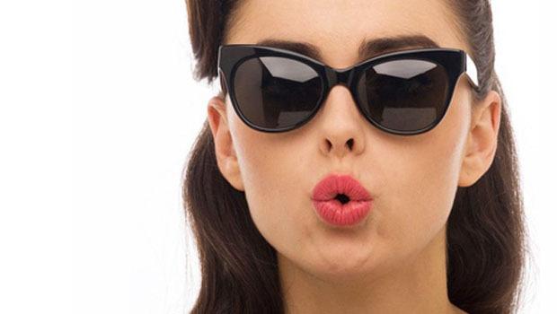 كيف تختارين نظارة شمس مناسبة لوجهك؟