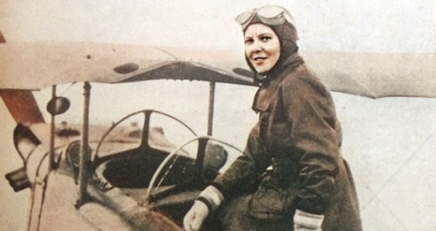 لطفية النادي.. أول مصرية ومن أوائل سيدات العالم في قيادة الطائرات