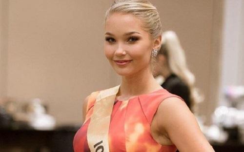 """ملكة جمال آيسلندا تنسحب من مسابقات العالم بسبب """"وزنها"""""""