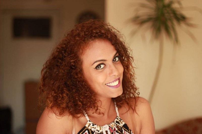 """وفاء البدري.. صحفية من الصعيد ضمن """"أطلس جميلات العالم"""""""