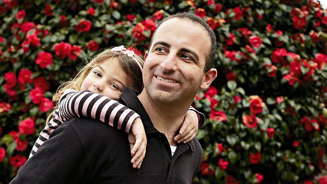 8 طرق للآباء حتى يجعلوا بناتهم أقوى