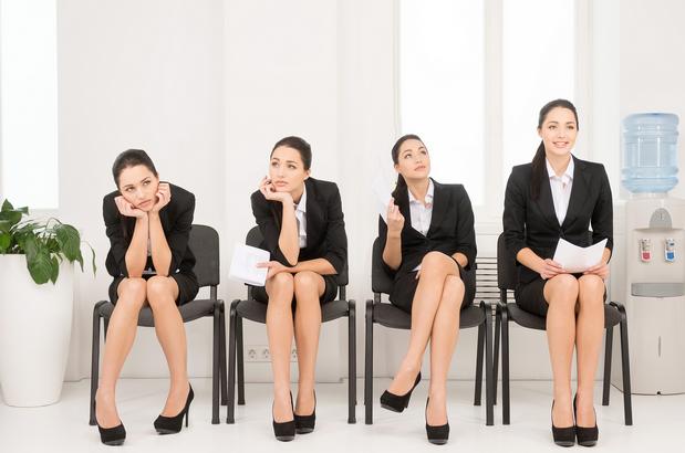 انتبهِ للغة جسدك في مقابلات العمل