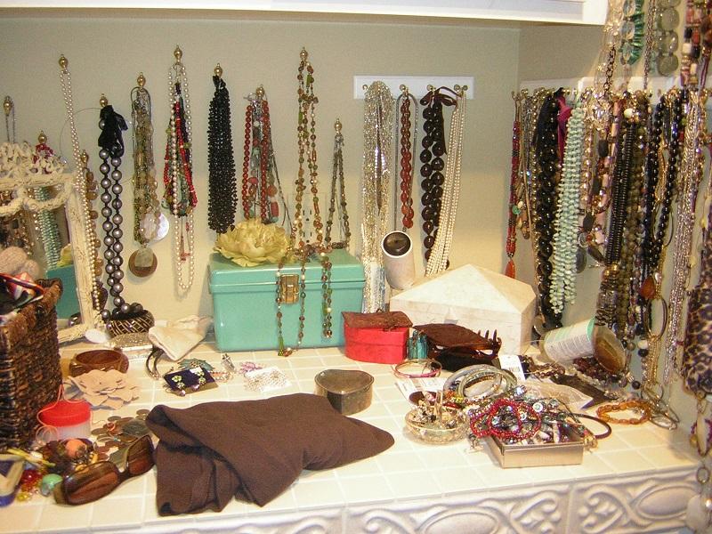 5 طرق لتنظيم المجوهرات والإكسسوارات