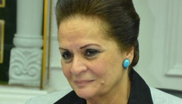 """8 معلومات عن """"نادية عبده"""".. أول سيدة تتولى منصب محافظ"""