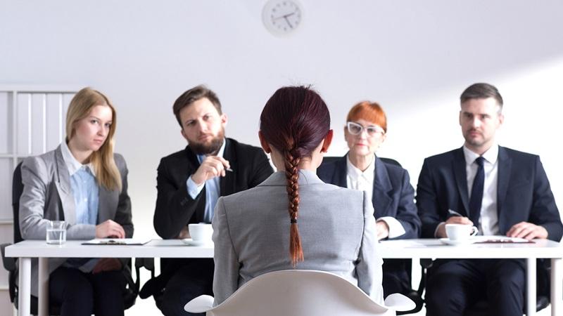 3 أسئلة تزيد من فرصك في مقابلة العمل