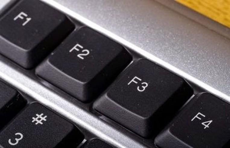 وظائف رائعة لزر (F) في لوحة المفاتيح