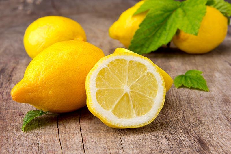 فوائد الليمون التسعة لصحتك وجمالك
