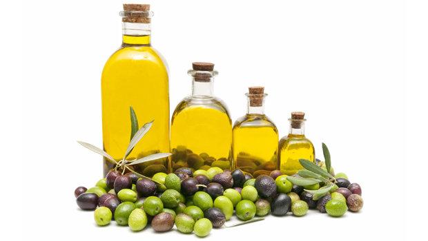 5 استخدامات جمالية لزيت الزيتون