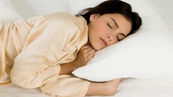 5 أطعمة مفيدة لنوم هادئ