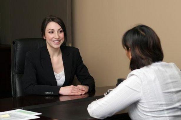 لتحصلي على الوظيفة.. تجنبي هذه الأفعال الخمس في مقابلات العمل