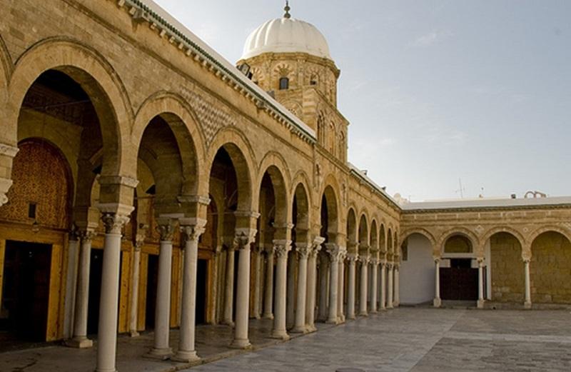 فاطمة بن علي قربوج... أول طالبة تونسية بجامع الزيتونة