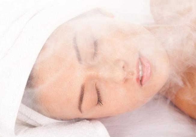فوائد جمالية لحمام البخار للبشرة