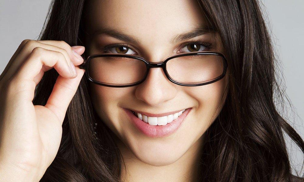 بالصور...من نوع وجهك اختار النظارة التي تناسبه