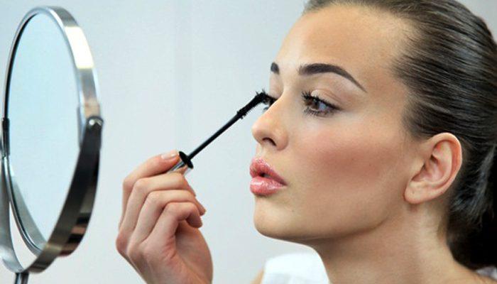 زيادة أسعار ال make up تجبر السيدات على البدائل الطبيعية
