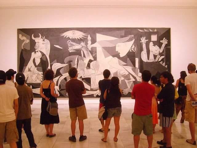 """بيكاسو جسد معاناة الحرب في لوحة أسماها""""الجورنيكا"""""""