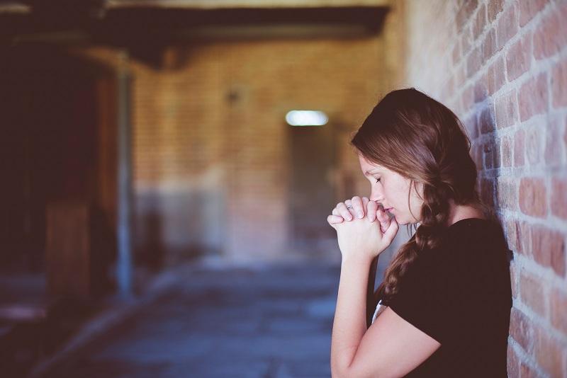 7 أعراض عليكِ عدم تجاهلها