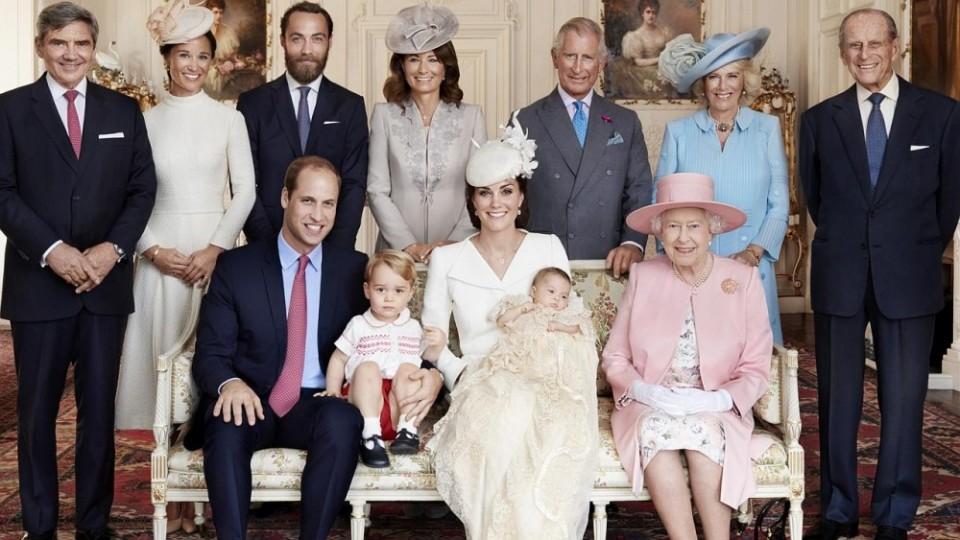 قواعد غريبة داخل الأسرة الملكية البريطانية.. تعرفي عليها