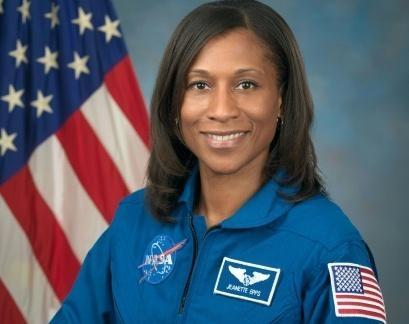 """""""ناسا"""" تستبعد أول رائدة """"سوداء"""" من الوصول للمحطة الفضائية الدولية"""