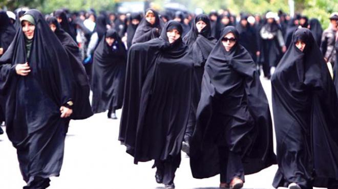 ارتفاع نسبة النساء الإيرانيات ضد قانون الحجاب