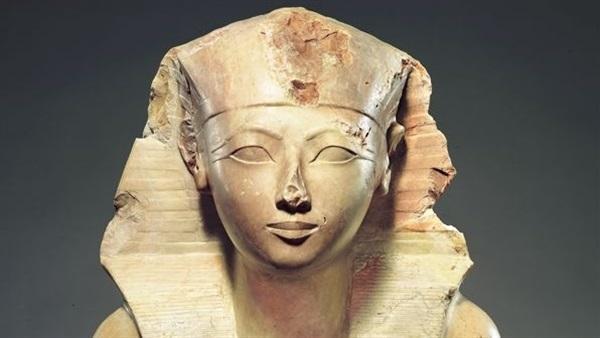 """حتشبسوت"".. أشهر وأقوى ملكات مصر"