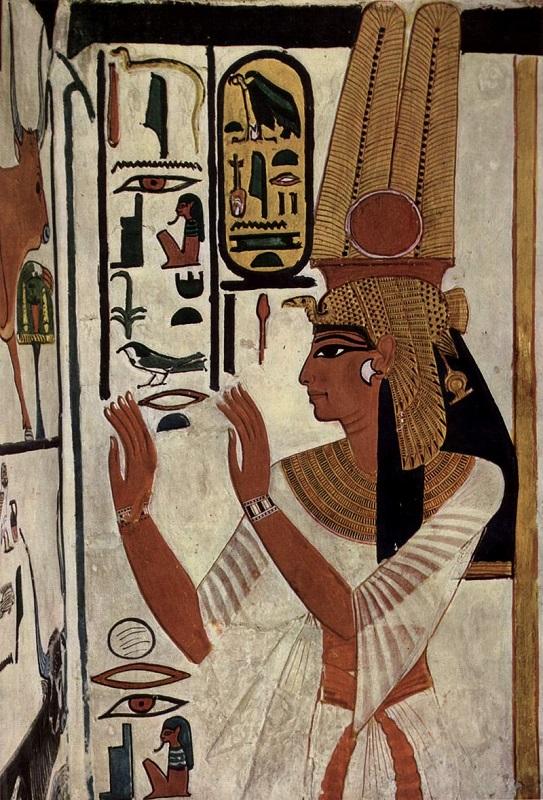 """""""نفرتاري"""".. الجميلة الفرعونية زوجة """"رمسيس العظيم"""""""