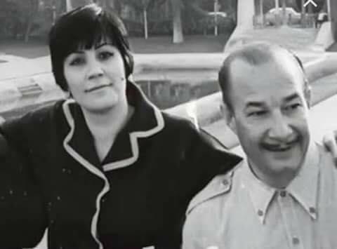 صلاح نظمي وزوجته الأرمنية.. خدمها لمدة 30 عامًا