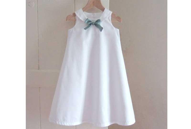 فستان أبيض للأطفال في الحفلات